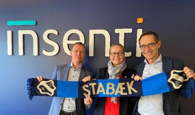 Roy Ebbesen (venstre), avdelingsleder for miljø og HMS i Insenti, Anne-Birgitte Svae-Kvifte, markedssjef i Stabæk Fotball og Bjørn Grepperud adm. direktør i Insenti AS.